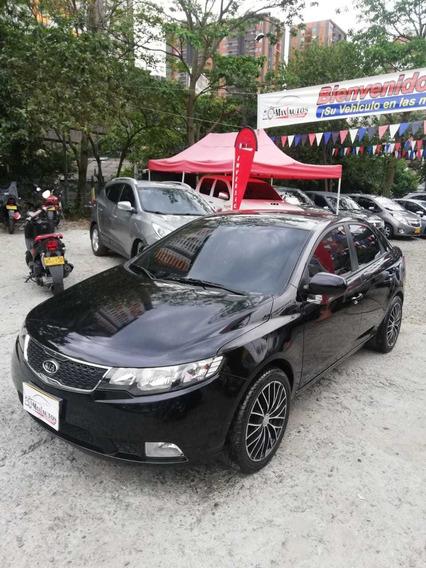 Kia Cerato Geo Lx,automatico,negro,2014,47.000kms,gasolina