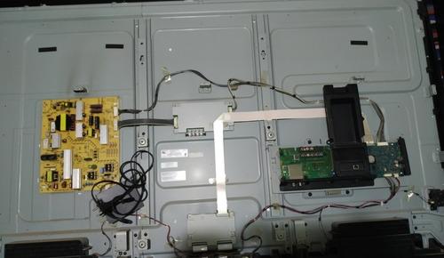Tv Kdl-70w855b Para Retirada De Peças Com Avaria Na Tela