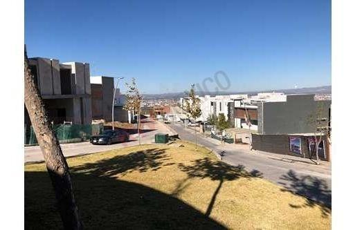 Renta De Departamento En Fraccionamiento Lomas Del Pedregal $20,000.00