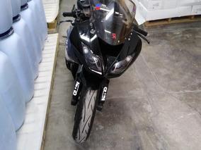 Kawasaki Ninja 600cc.