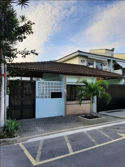 Casa Em Camboinhas, Niterói/rj De 217m² 3 Quartos Para Locação R$ 2.300,00/mes - Ca274374