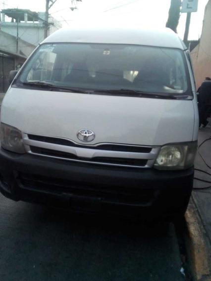 Toyota Hiace 2.7 Bus 15 Pas Mt 2013
