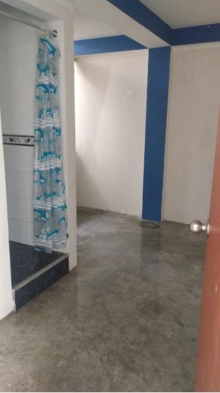 Alquilo Habitacion Con Baño Propio