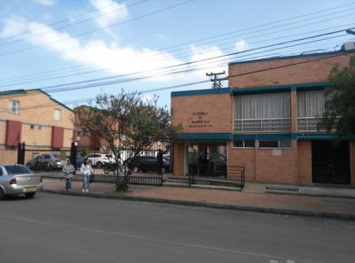 Se Vende Casa Alamos Norte Conjunto Bogota