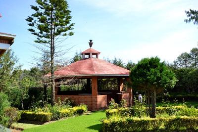 Magnífica En Boulevard Chiluca-espíritu Santo 3rec Jardín