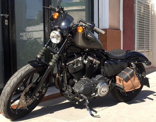 Harley Davidson Iron 883 R
