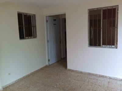 Apartamento Sin Amueblar, 2 Hab. Gazcue, Sto. Dgo. Renta