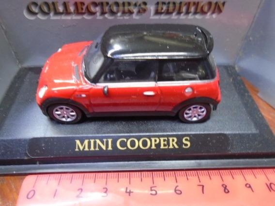 Road Signature 1/43 Mini Cooper S 2012. Hobby-centro