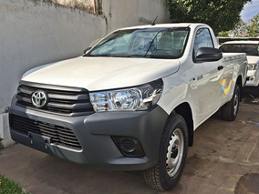 Toyota Hilux Cab Simple 4x2 / 2,4