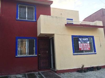 Bonita Casa En Renta, Frac. Mundo Maya