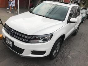 Volkswagen Tiguan 5p Native Tiptronic Climatronic Sport & St