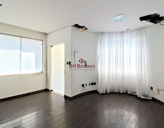 Casa De 8 Quartos, 220m² À Venda No Lourdes Por R$ 1.400.000 - 18670