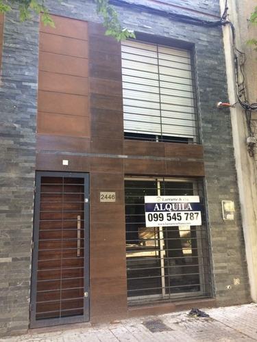 Vendo Apartamento / Ph En Pociotos 1 Dormitorio Mas Azotea
