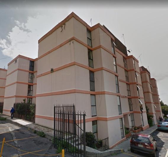 Privada Santa Lucia 73 Depto. 002 Col. Olivar Del Conde