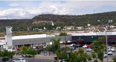 Se Renta Local Comercial En Juriquilla