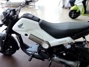 Honda Navi Blanca