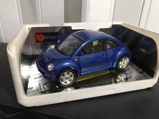 Volkswagen Beetle 1998 1:18 Bburago