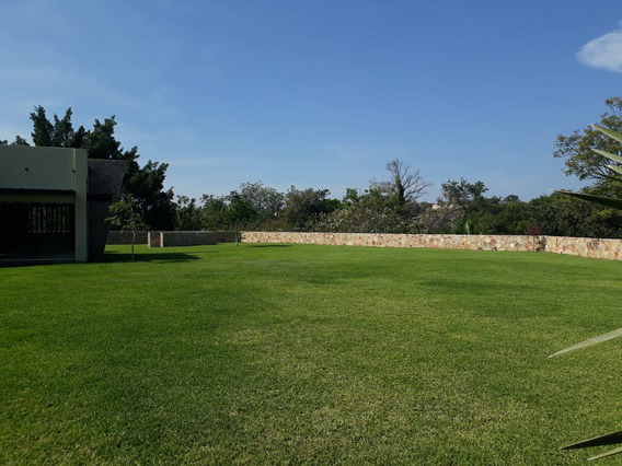 Casa De Venta En Club De Golf Santa Fe. 3293 M2