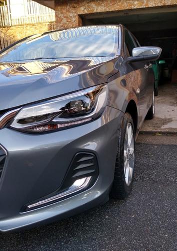 Chevrolet Onix Premier 2