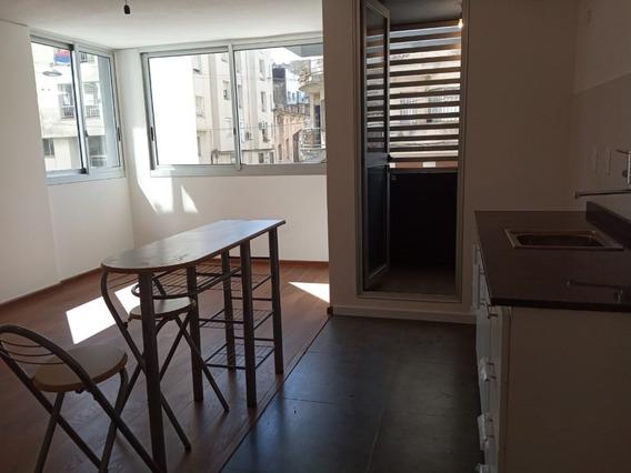 Estrene Apartamemto De 1 Dormitorio Con Garage Ciudad Vieja