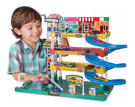 Estacionamento Posto Para Carrinho De Brinquedo 3 Andar