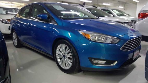 Ford Focus 4p Titanium L4/2.0 Aut