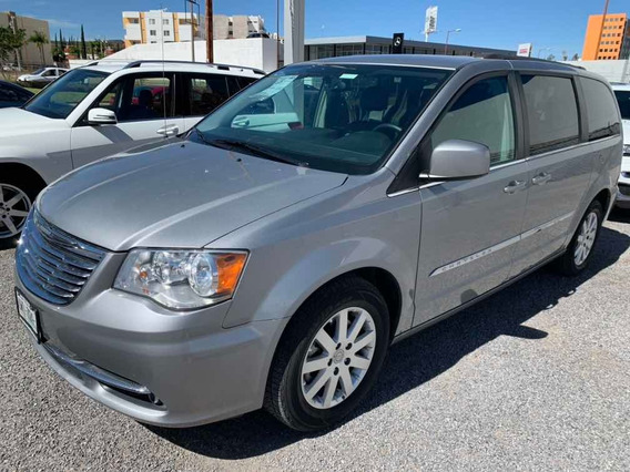 Chrysler Town & Country 2015 3.6 Touring Piel Mt