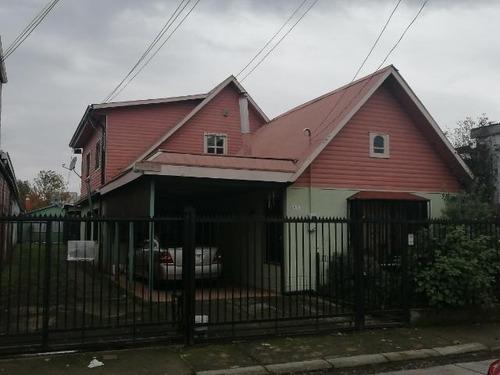 Imagen 1 de 6 de Casa En Temuco 220m2, Pueblo Nuevo. 820m2 De Terreno