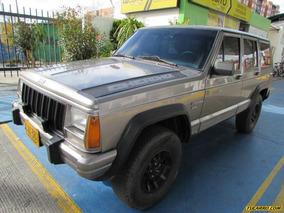 Jeep Cherokee Laredo Mt 4000cc