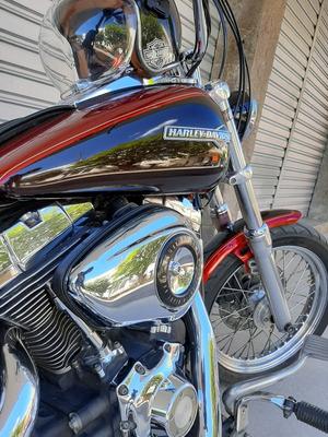 Harley Davidson - Dyna Glide Custom 2012