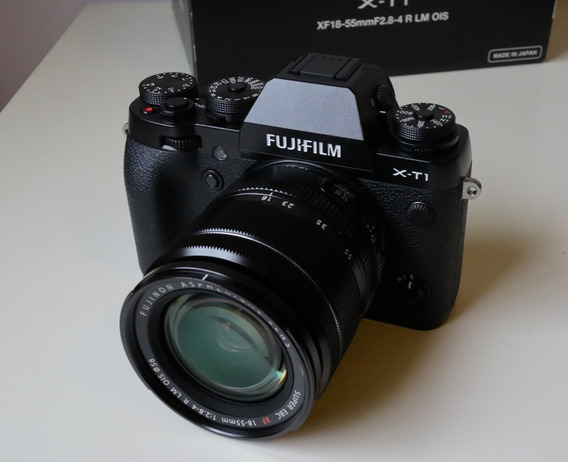 Fujifilm X-t1 Com Lente Xf 18-55 E Diversos Acessórios