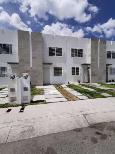 Excelente Casa Nueva En Fraccionamiento Los Encinos