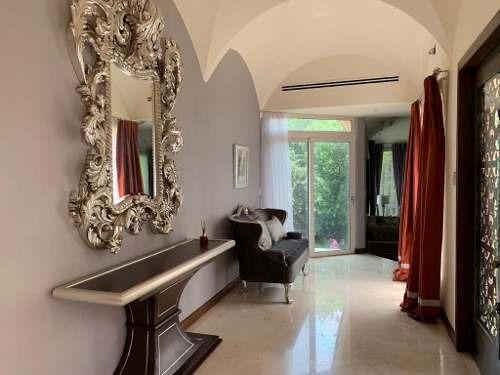 Hermosa Residencia Recién Remodelada De Gran Lujo
