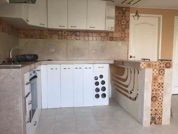 Casa 2 Dor, 2baños Sala Comedor Con Garage Telf 0983815513