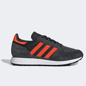 adidas Forest Grove 41.5 (carbon/orange)