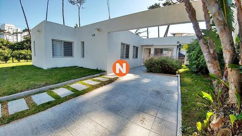 Casa En Venta Playa Mansa 3 Dormitorios- Ref: 216596