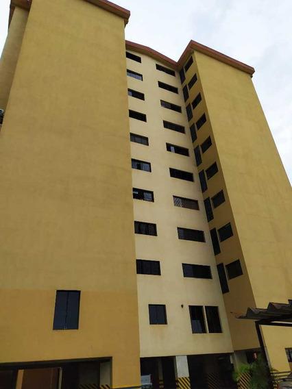 Habitación En Alquiler Res. Del Este Bqto.