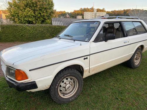 Imagem 1 de 8 de Ford Belina 4x4