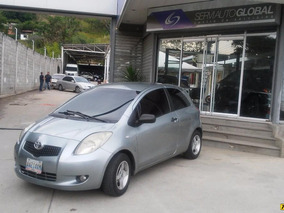 Toyota Yaris Base Hb 2p - Sincronico