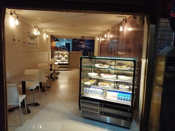 Negocio En Venta. Pastelería, Café Y Pan