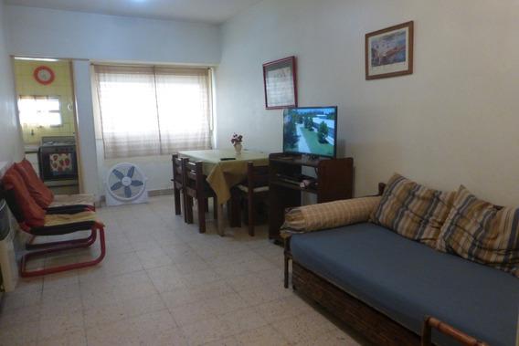 Moreno 2500 Centro $ 800