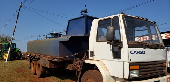 Ford Cargo 1618 Tanque