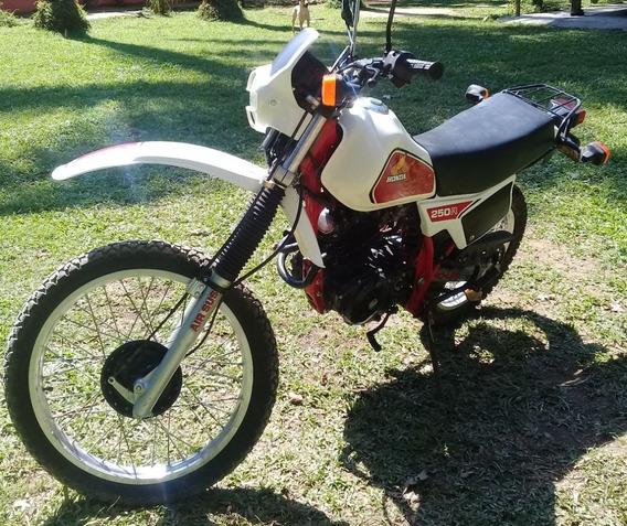 Honda Xlr250 Raridade Com Selo Original De Fabrica