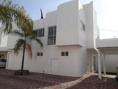 Casa Sola En Renta En Villas De Irapuato, Irapuato, Guanajuato