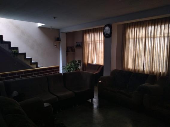 Casa De 3 Dormitorios En El Agustino