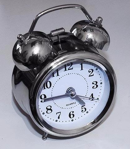 Relógio Despertador Analógico 2 Sinos Twin Bell Alarm Clock
