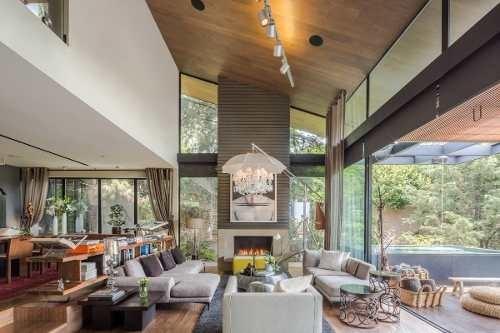 Contemporary Nature Art Home