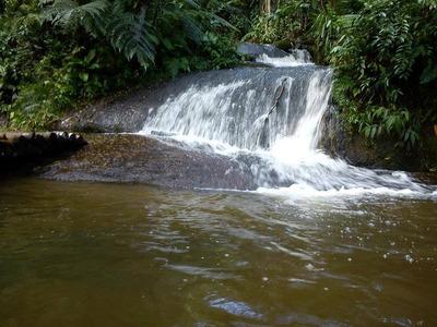 Juquitiba Chacara Com Pequena Cachoeira Semi Plana Ref. 1107