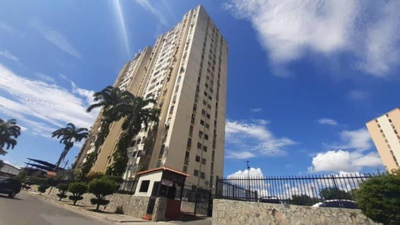 Apartamentos En Venta Trinitarias Este Barquisimeto 20-6391 J&m