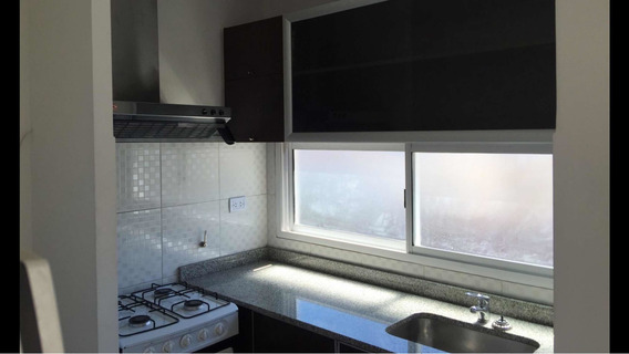 Dueño Alquila 2 Ambientes C/1 Dormitorio/1 Baño/balcon/parri